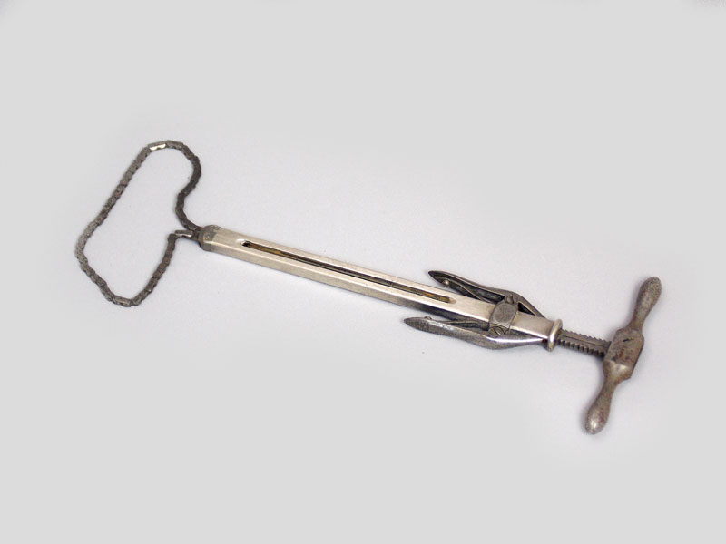 scary old surgical tools: ecraseur